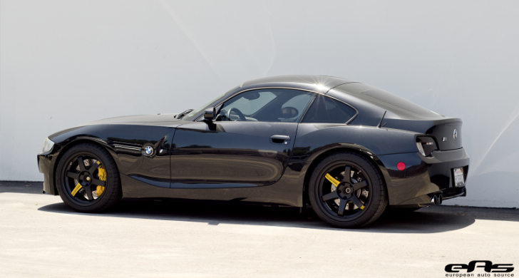 Black Amp Yellow Bmw E86 Z4 M Is Worthy Of Darth Vader S Car