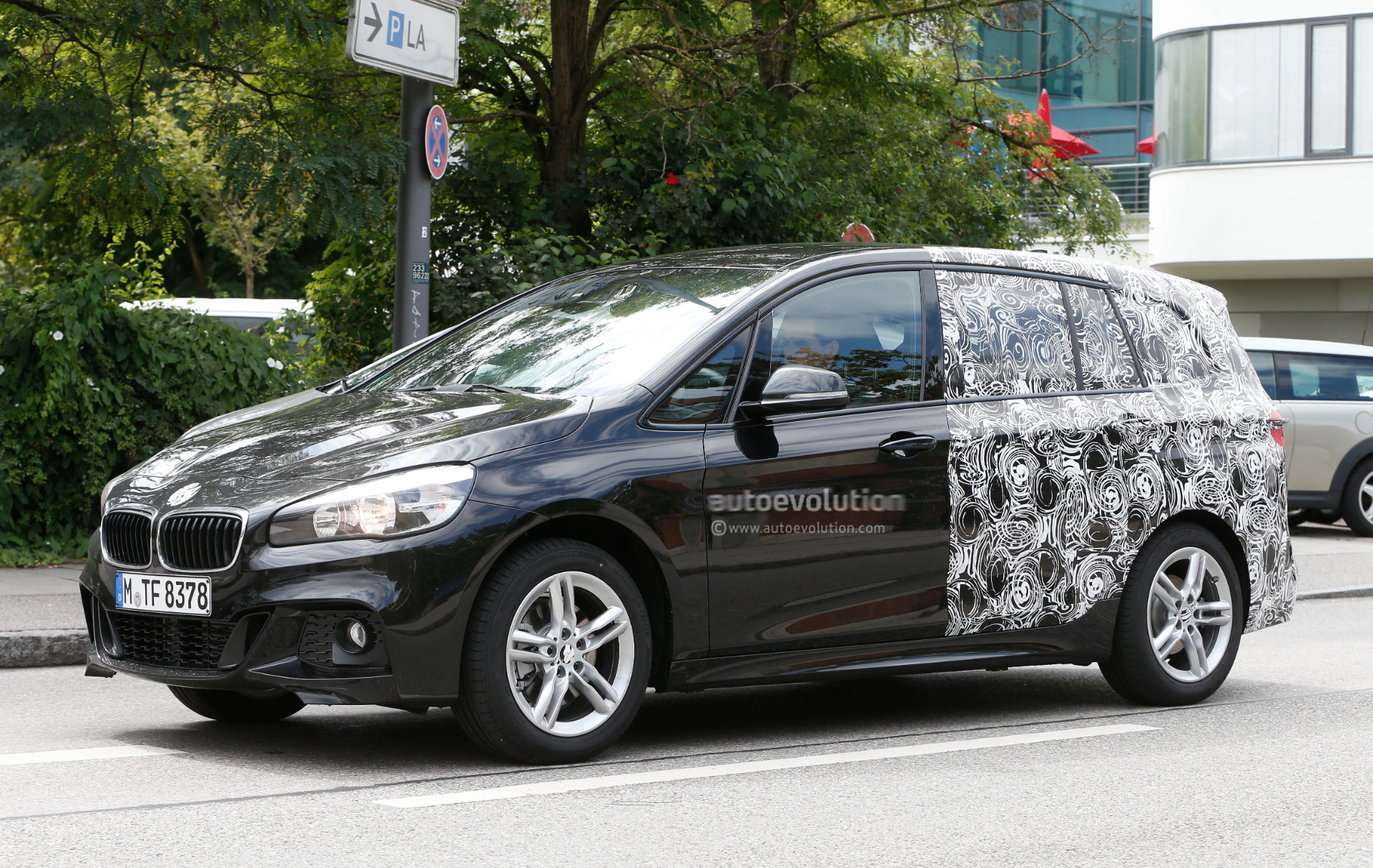 bmw 2 series active tourer 7 seater spotted wearing m. Black Bedroom Furniture Sets. Home Design Ideas