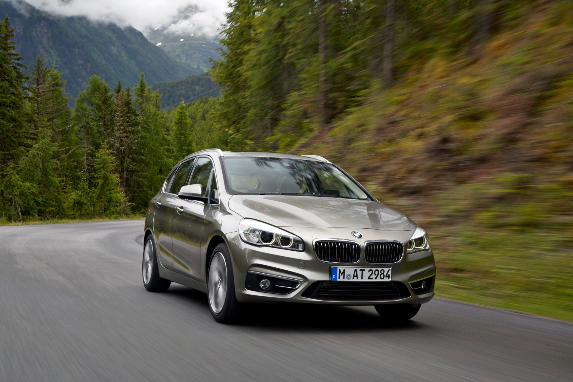 BMW I D And D Active Tourer Models Revealed Autoevolution - Bmw 220i