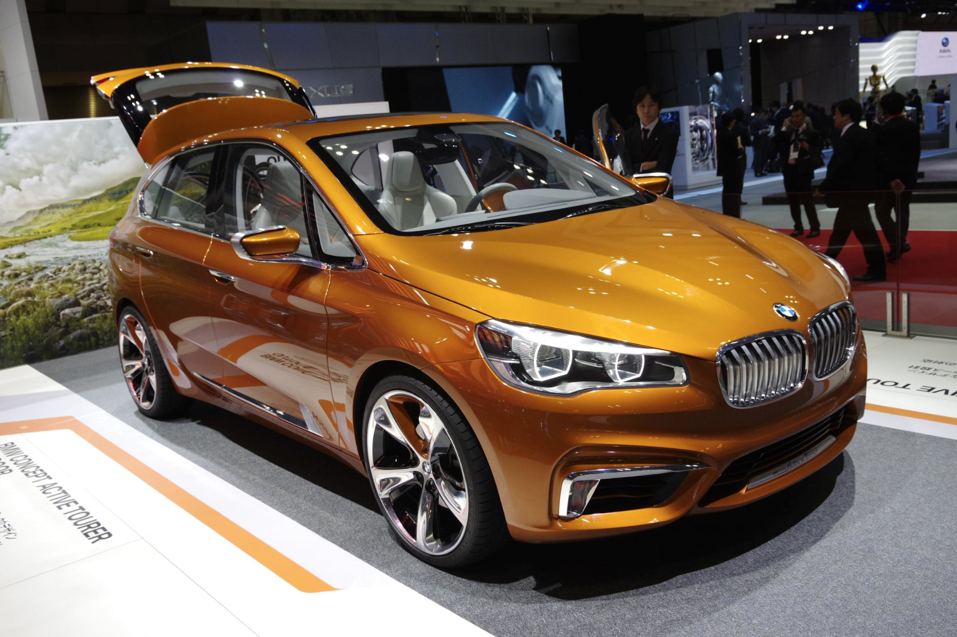 bmw active tourer to arrive in the us in 2015 autoevolution. Black Bedroom Furniture Sets. Home Design Ideas