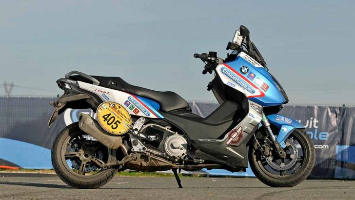 bmw c600 sport scooter second in world 39 s largest road rally autoevolution. Black Bedroom Furniture Sets. Home Design Ideas