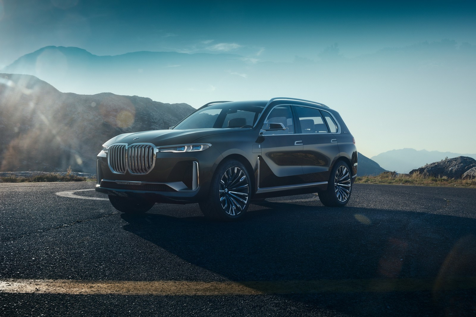 Bmw Considers X8 Model But Not Necessarily As You D Expect It