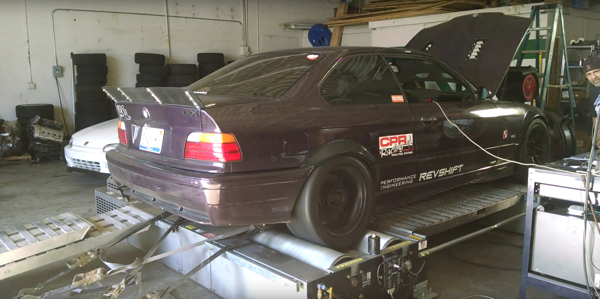 bmw e36 m3 with ls6 v8 puts down 364 whp on the dyno autoevolution. Black Bedroom Furniture Sets. Home Design Ideas