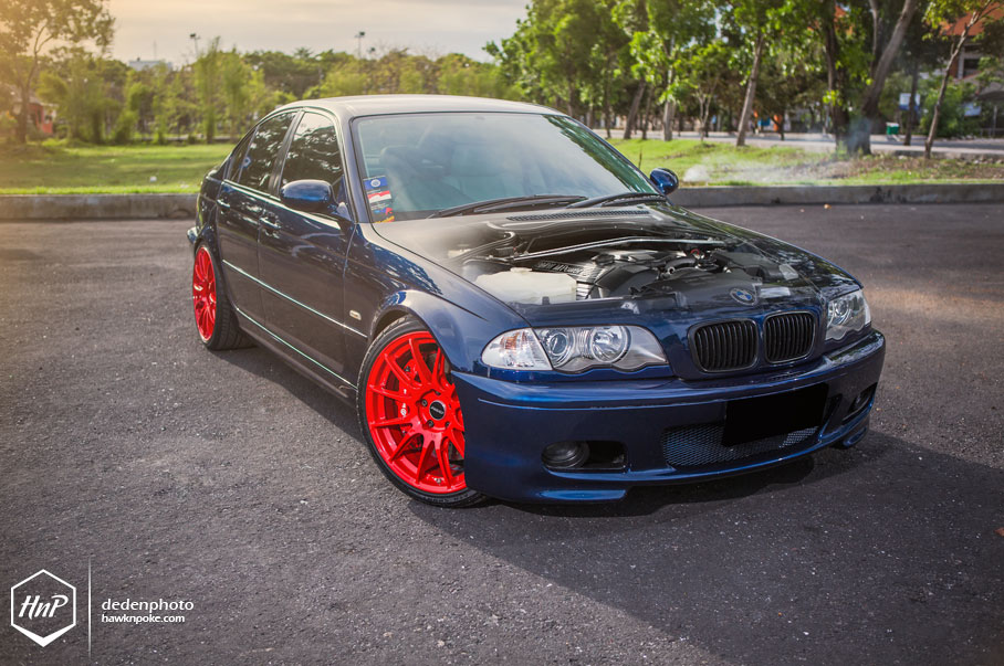 Bmw E46 3 Series Hops On Red Shoes In Bali Autoevolution