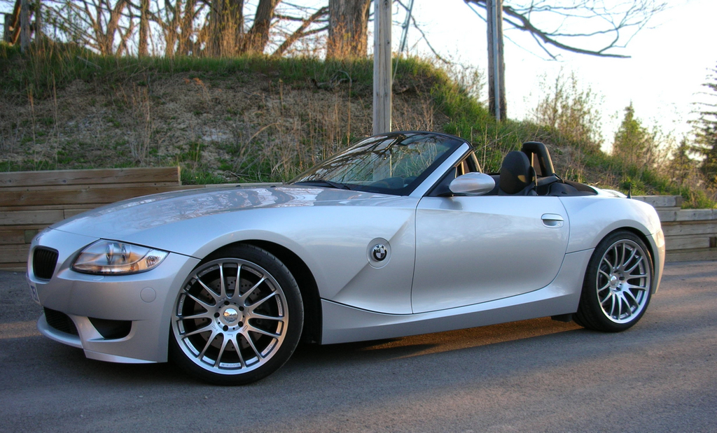 bmw e85 z4 aero side sills install diy autoevolution. Black Bedroom Furniture Sets. Home Design Ideas