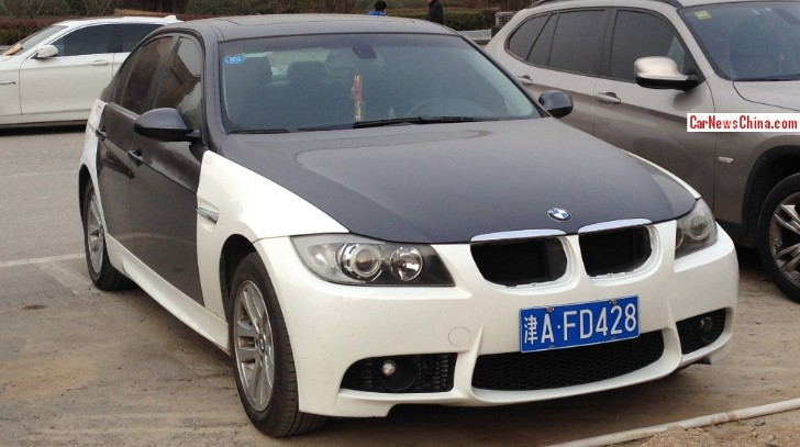 BMW E90 3 Series Looks Like a Zebra in China