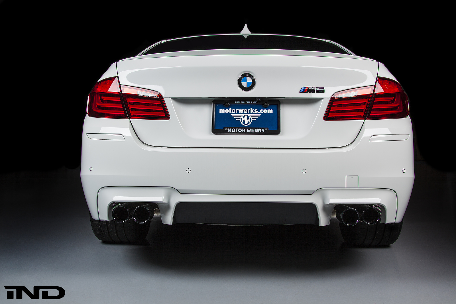 How Much Is A Muffler >> BMW F10 M5 Rear Painter Reflector Install/Replacement DIY ...