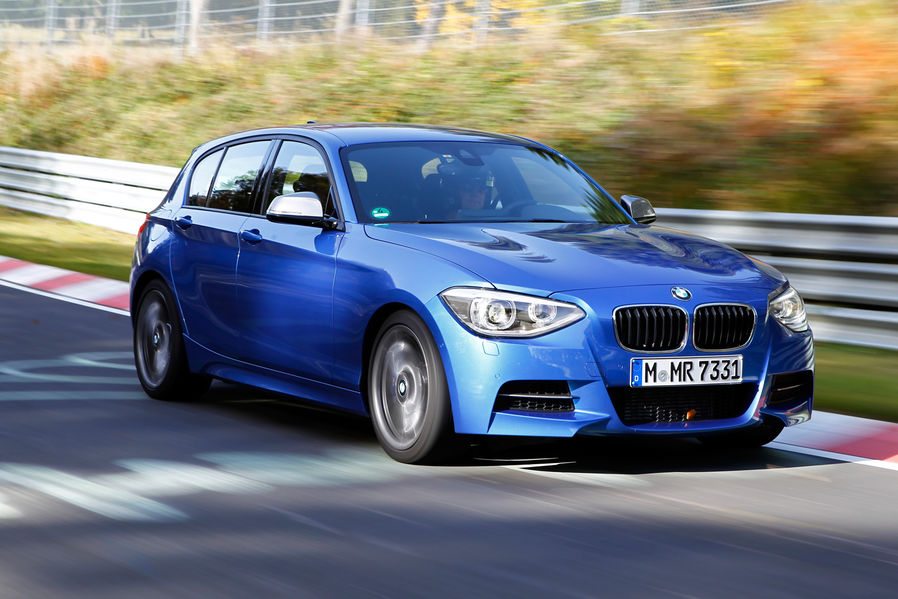 bmw f20 m135i test drive by sport auto autoevolution. Black Bedroom Furniture Sets. Home Design Ideas