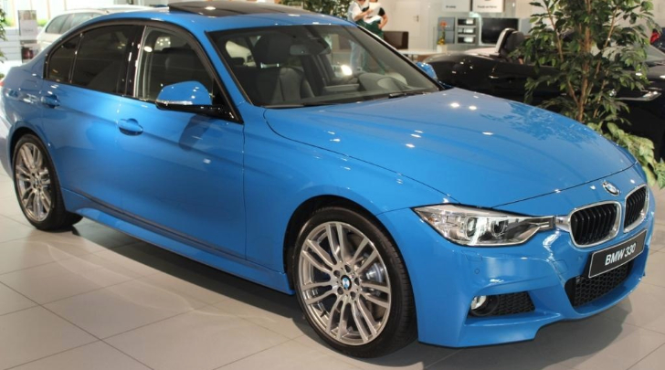 bmw-f30-3-series-in-individual-pure-blue