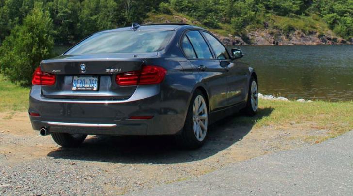 Bmw 320i Xdrive >> BMW F30 320i xDrive Review by Autos.ca - autoevolution