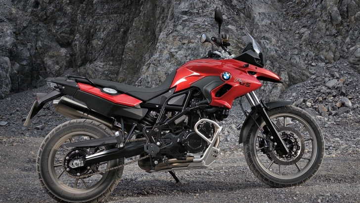 bmw f700gs and f800gs recall extended autoevolution. Black Bedroom Furniture Sets. Home Design Ideas