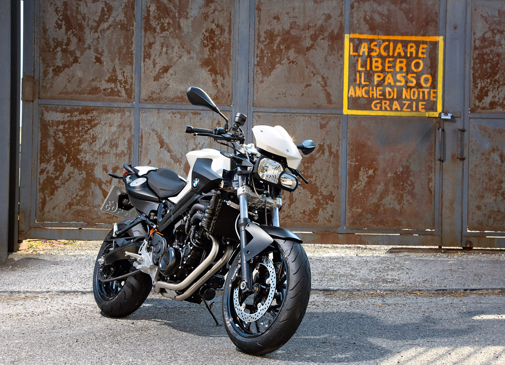2010 BMW F800R Chris Pfeiffer Edition pictures