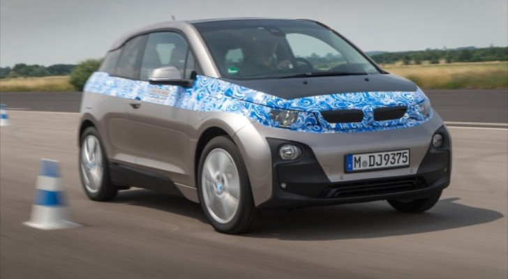 BMW i3 First Drive Review by Edmunds