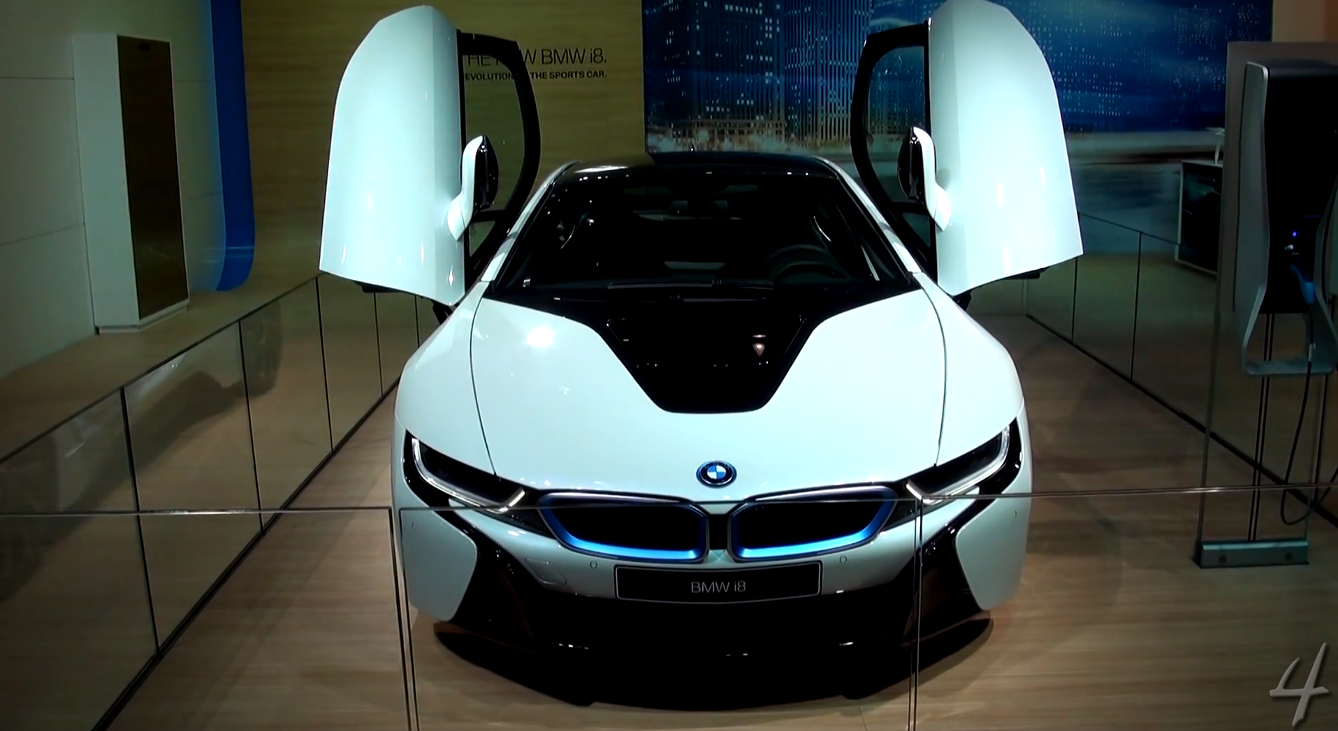Bmw I8 Caught On Film At The 2013 Dubai Motor Show Autoevolution