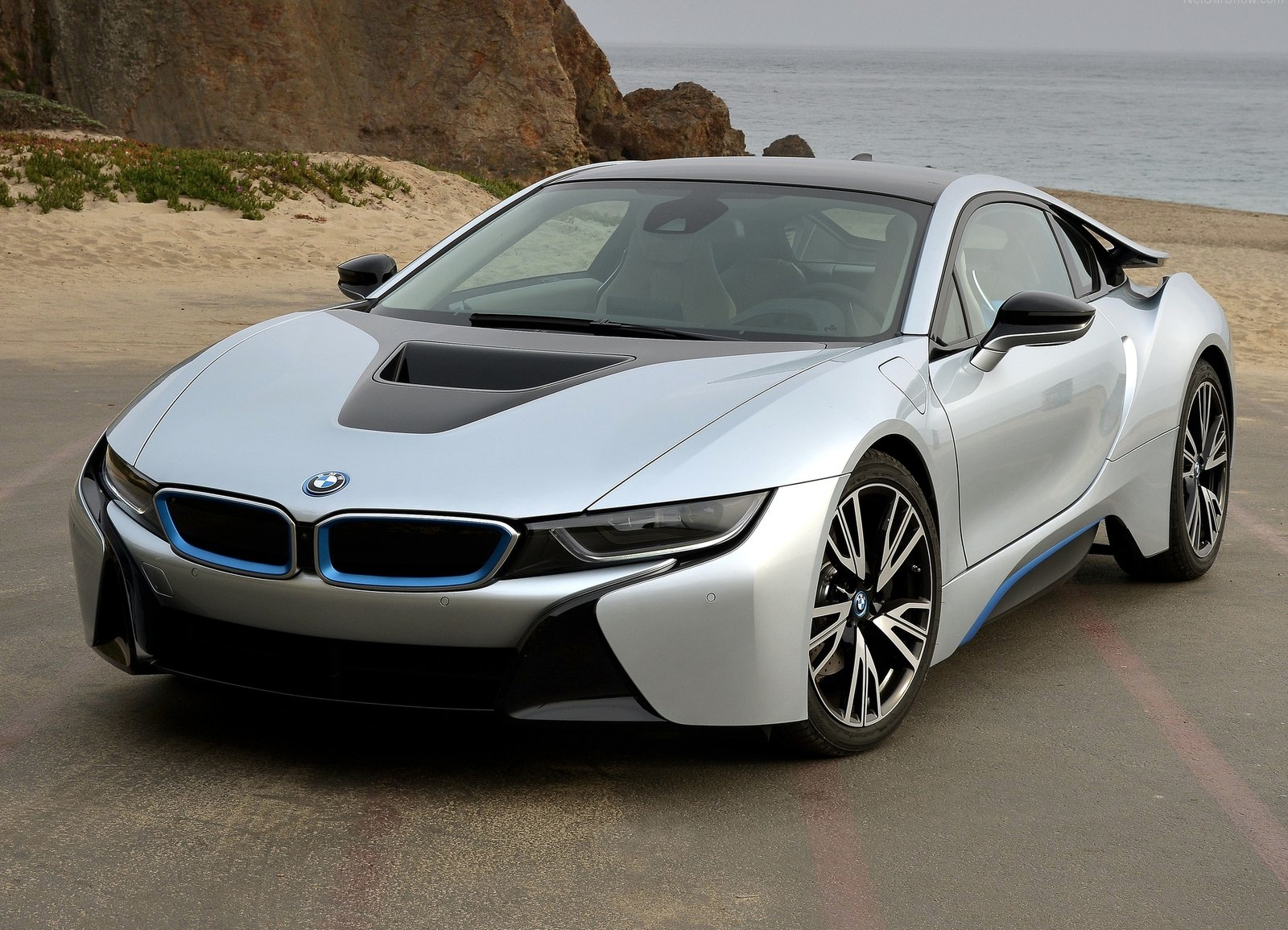 Now the configurator for the new i8 is live on bmw s german website