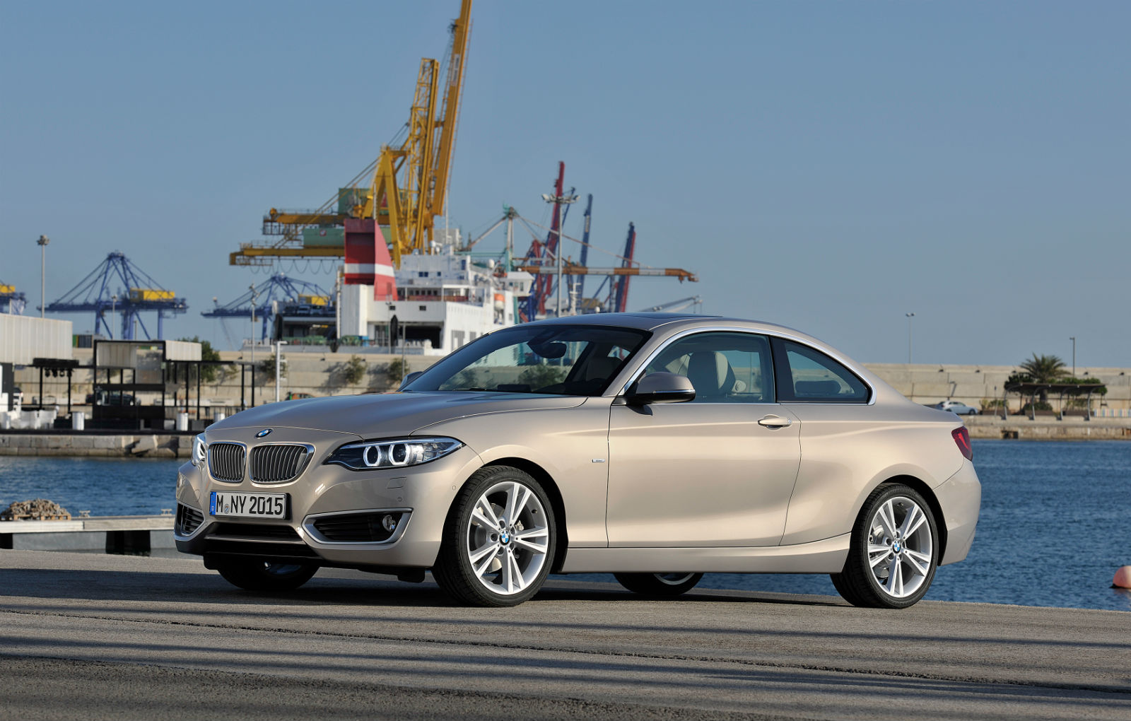 bmw launches 218i coupe with 3 cylinder turbo petrol. Black Bedroom Furniture Sets. Home Design Ideas