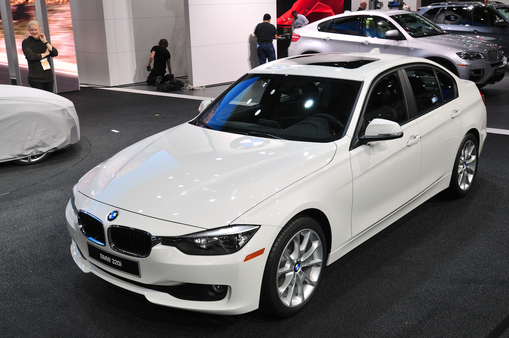 BMW Launches I EntryLevel Series In Detroit Autoevolution - 2013 bmw 318i