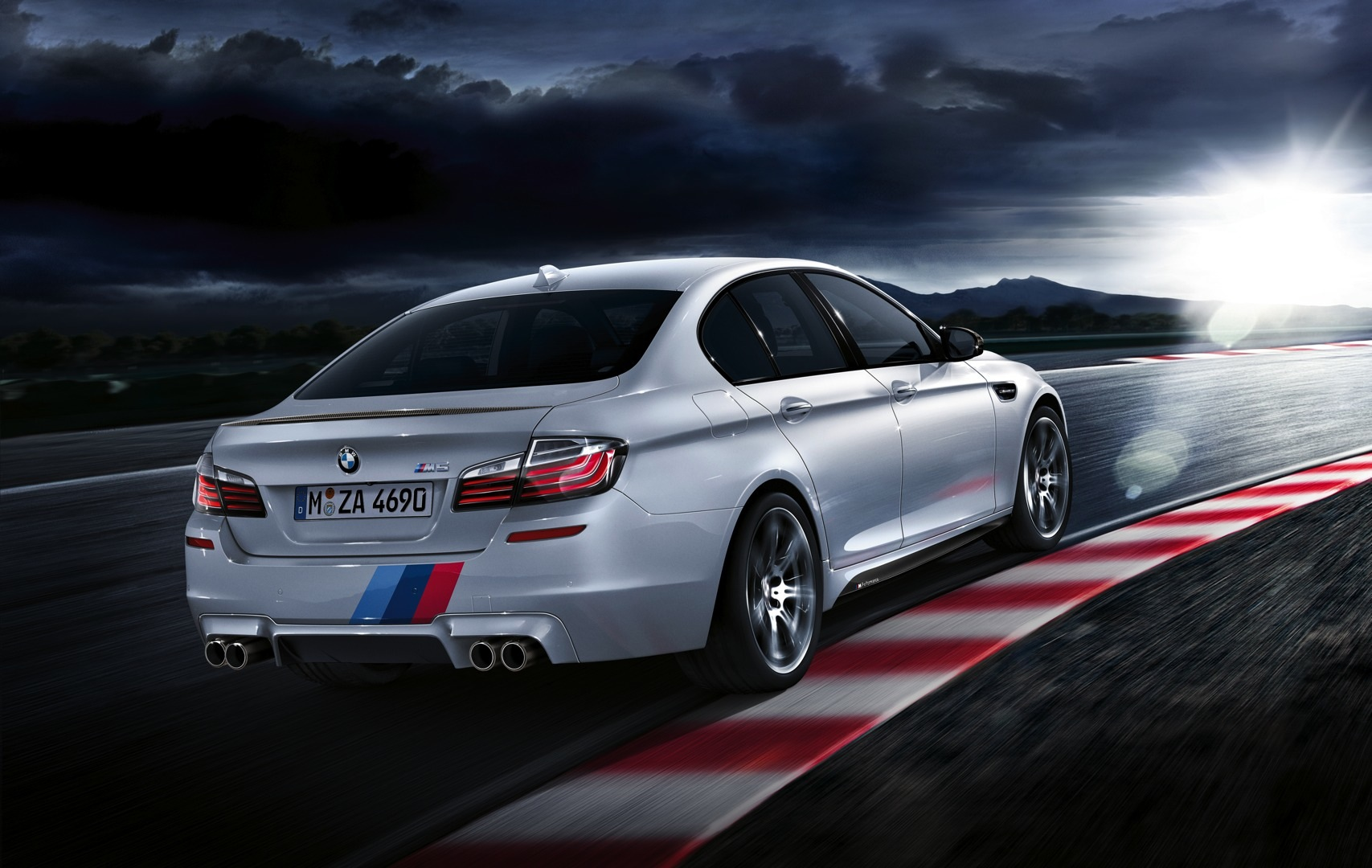 bmw m performance accessories for bmw m5 now available. Black Bedroom Furniture Sets. Home Design Ideas