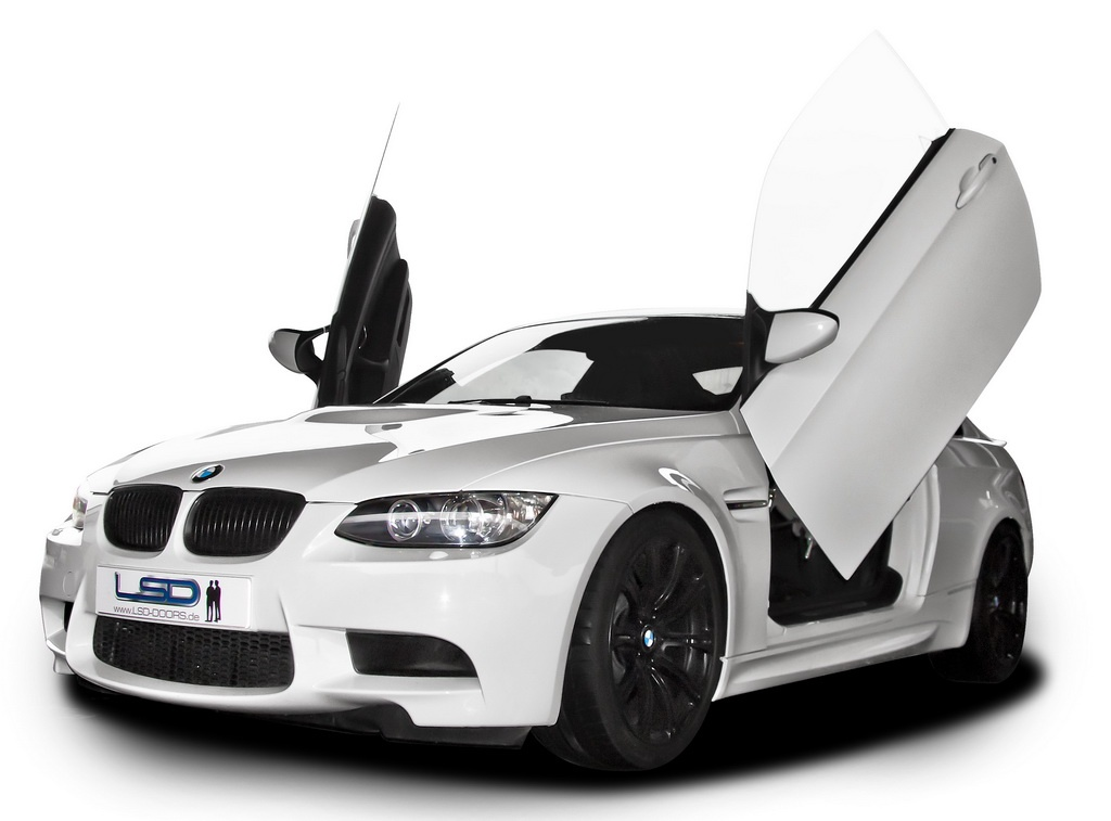 bmw m3 is on lsd gets lambo doors autoevolution. Black Bedroom Furniture Sets. Home Design Ideas