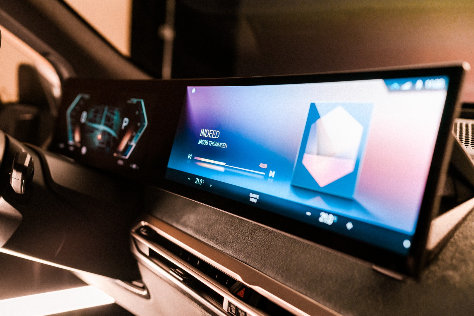BMW to showcase future of iDrive at CES 2021