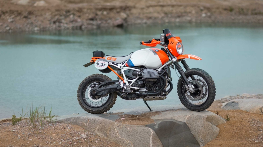 Bmw Motorrad Concept Lac Rose Pays Tribute To The Paris
