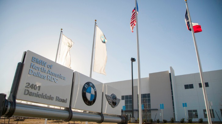 Bmw opens new regional distribution center in texas for Mercedes benz parts distribution center