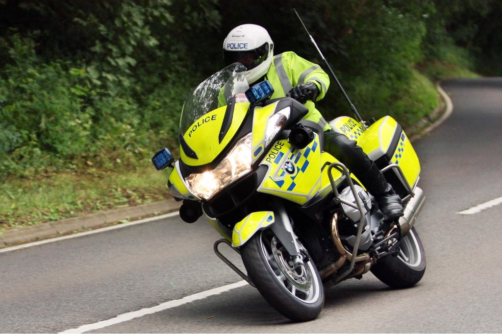 BMW Police Cars and Motorcycles to Keep UK Safe - autoevolution