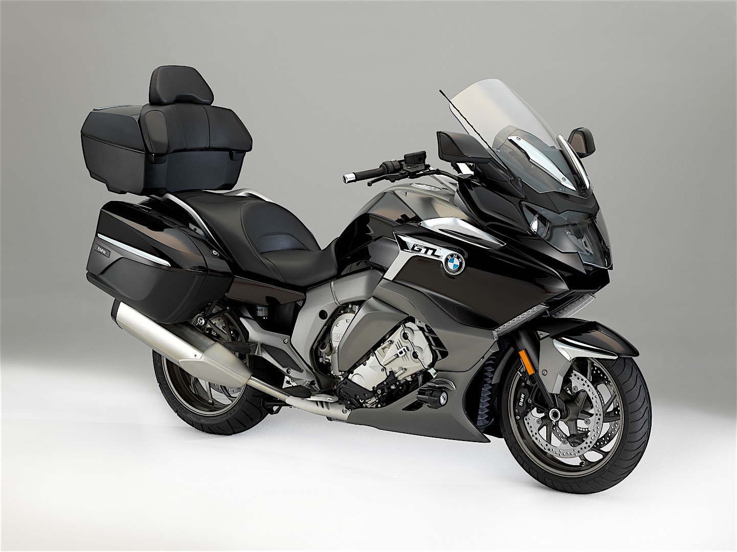 Bmw Presents Refined 2017 K 1600 Gtl At Eicma Autoevolution