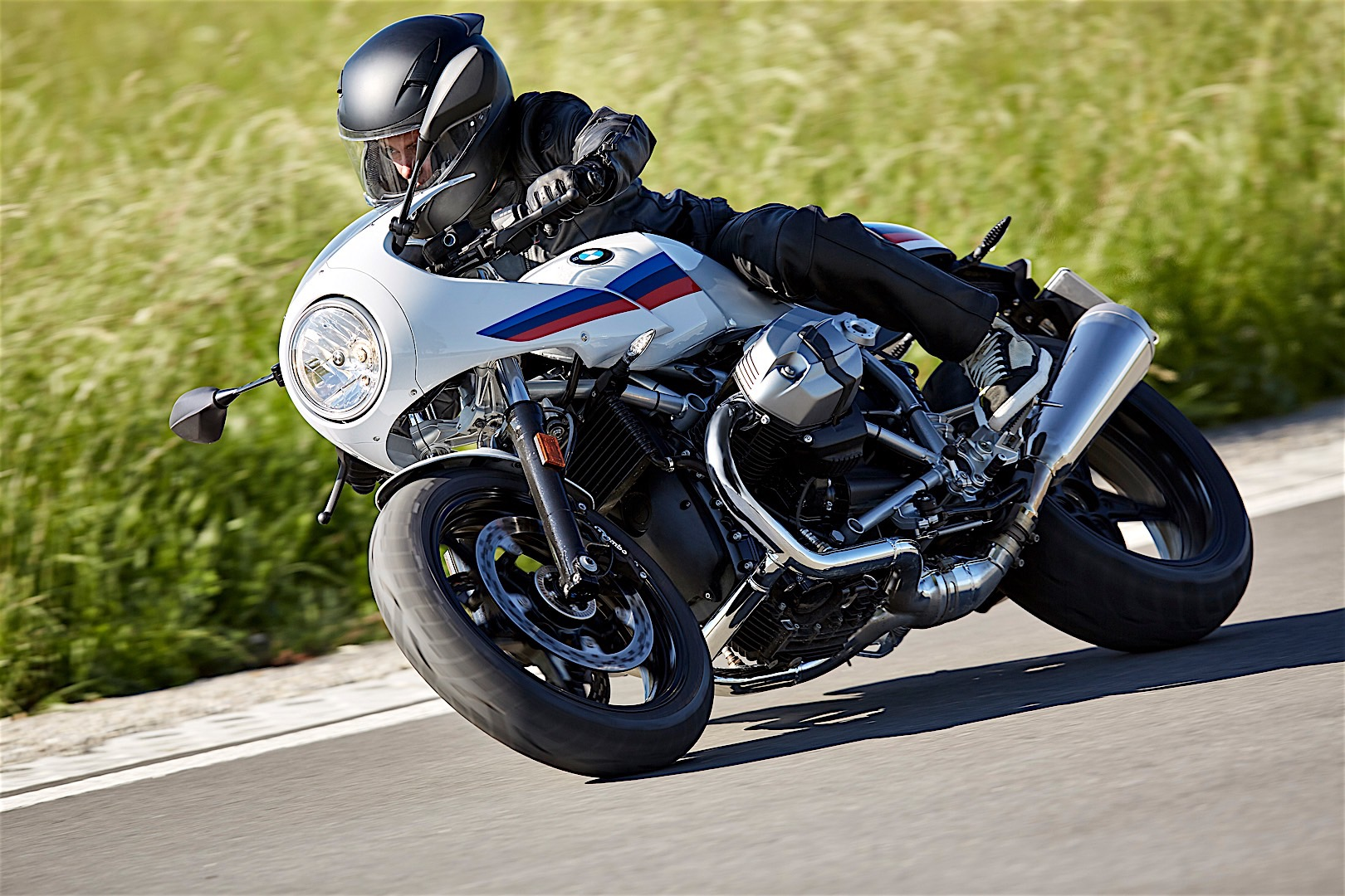 2017 bmw r ninet racer and pure unveiled at intermot. Black Bedroom Furniture Sets. Home Design Ideas