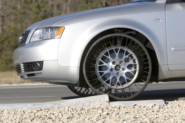 Tire Calculator Compare >> BMW Rumored to Adopt Michelin's Airless Spares - autoevolution
