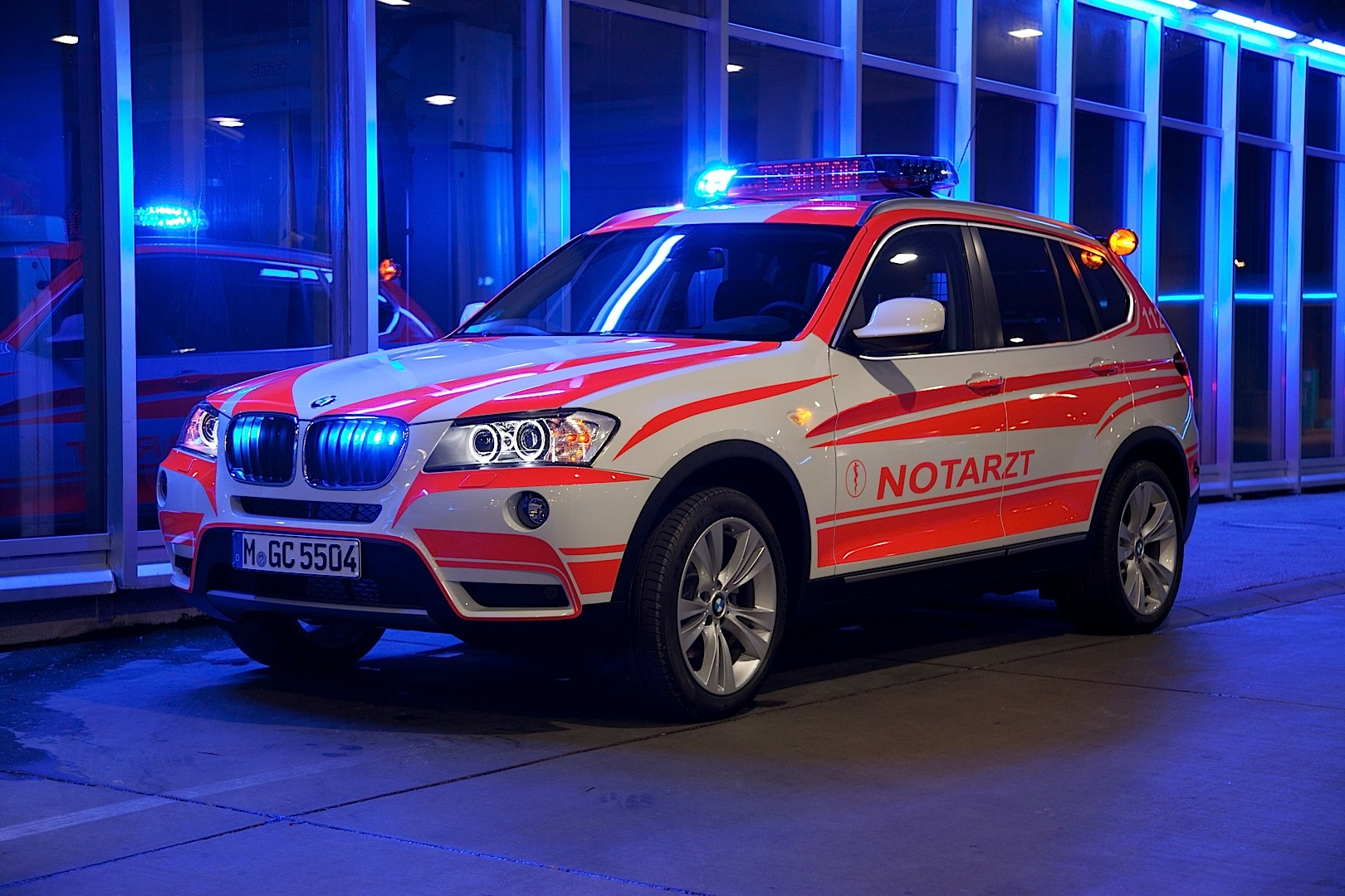 Bmw Showcases 2013 Emergency Vehicles At The Rettmobil Event Autoevolution