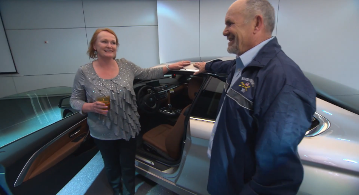 BMW Surprises Client at a 4 Series Delivery [Video]