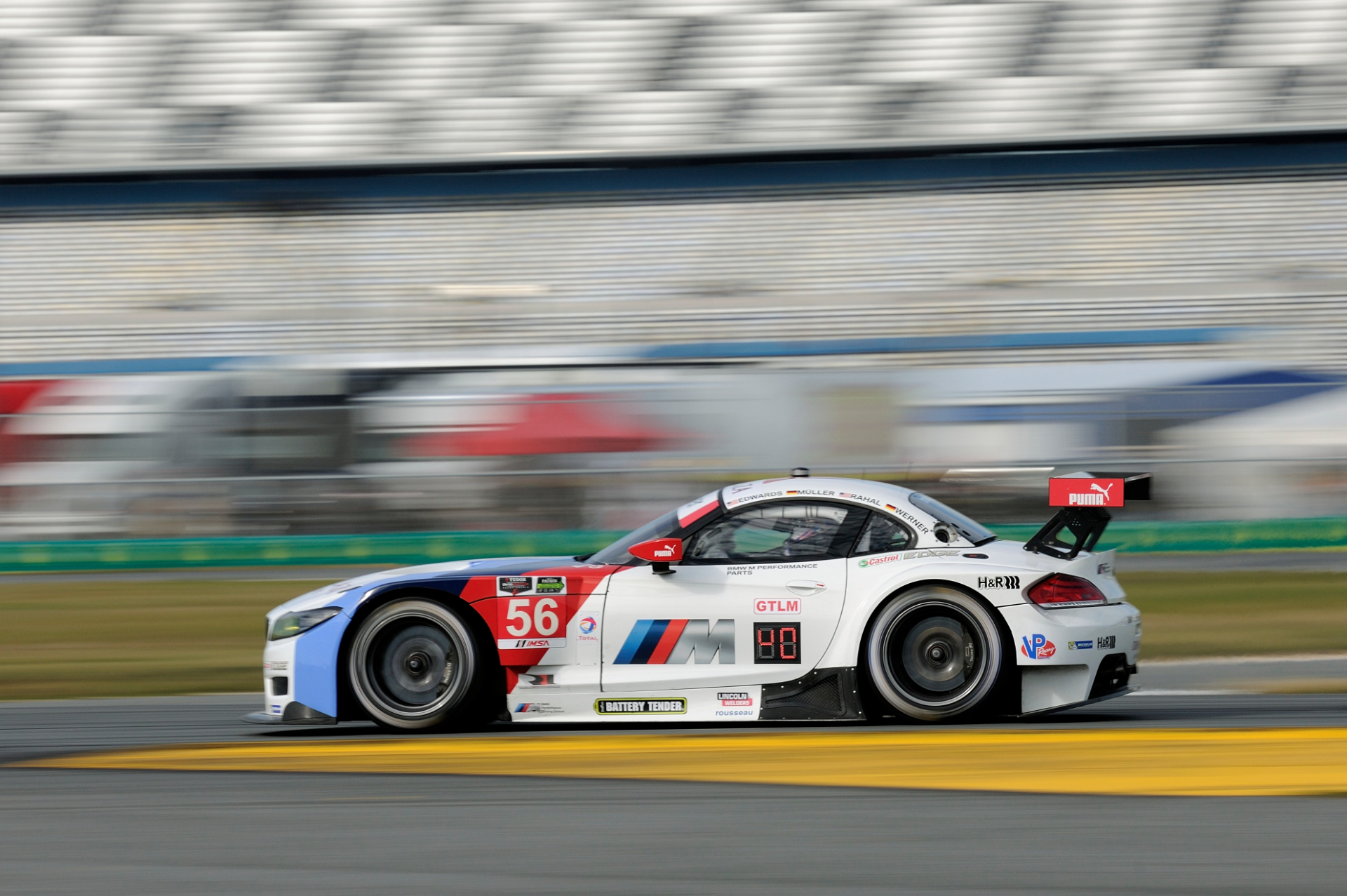 Bmw Team Rll Qualifies 7th And 8th For 24h Daytona Race Autoevolution