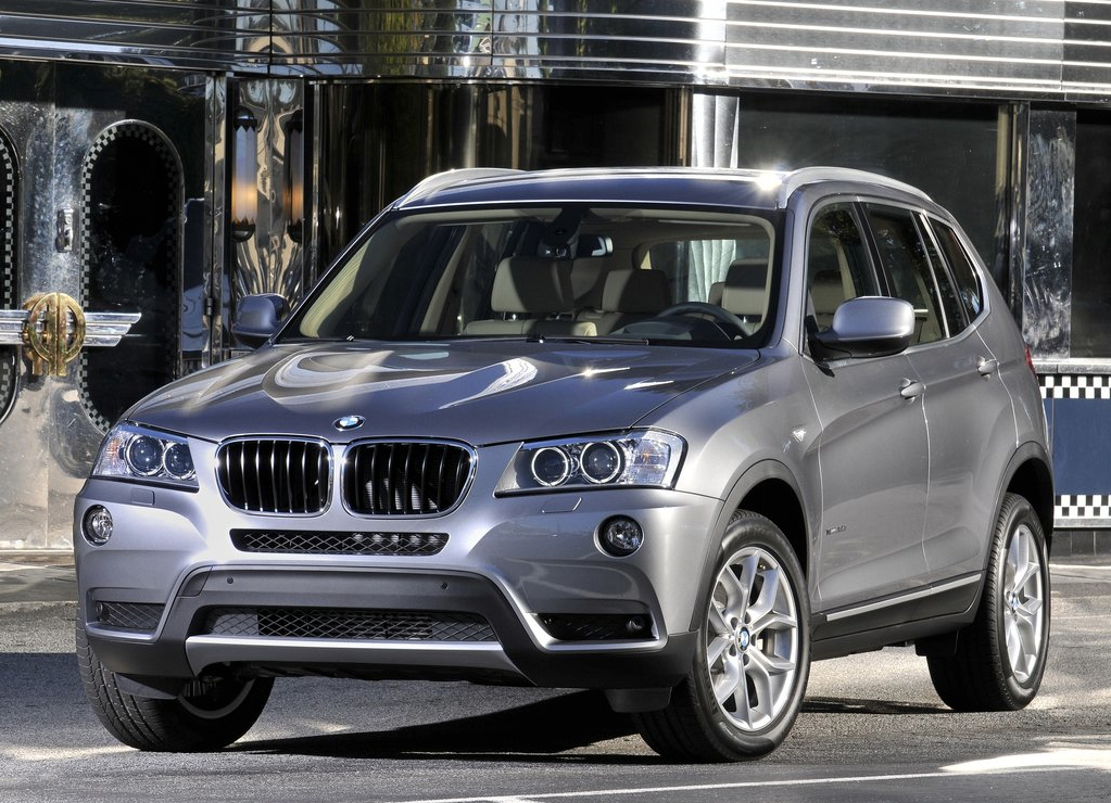 bmw x3 xdrive20d named best 2013 second hand suv by. Black Bedroom Furniture Sets. Home Design Ideas