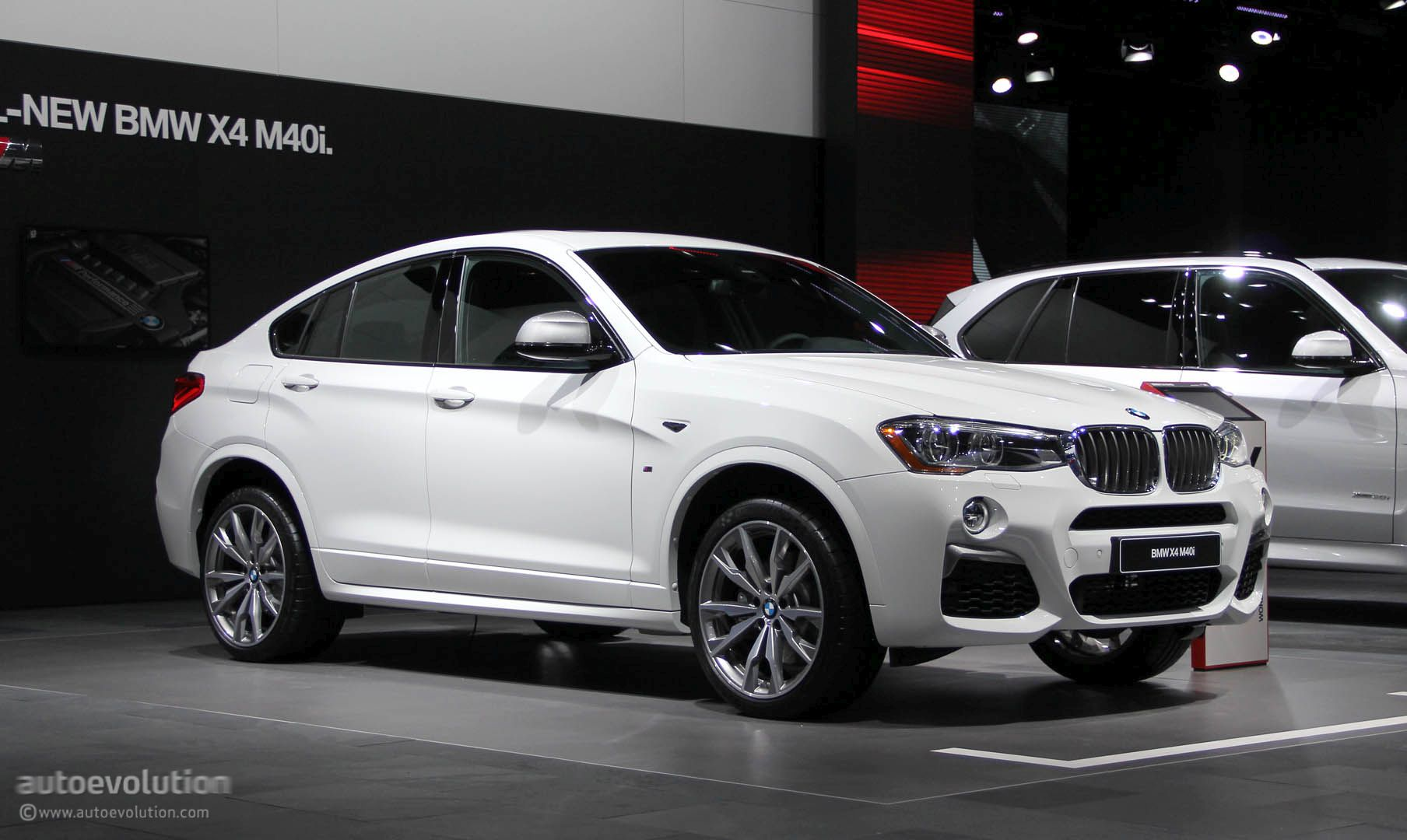 bmw x4 m40i comes to detroit feels like a corporate way of having fun autoevolution. Black Bedroom Furniture Sets. Home Design Ideas