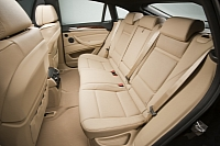 Three-seater rear seat option