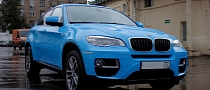 BMW X6 Is a Bright Blue Smurf in Russia [Photo Gallery]