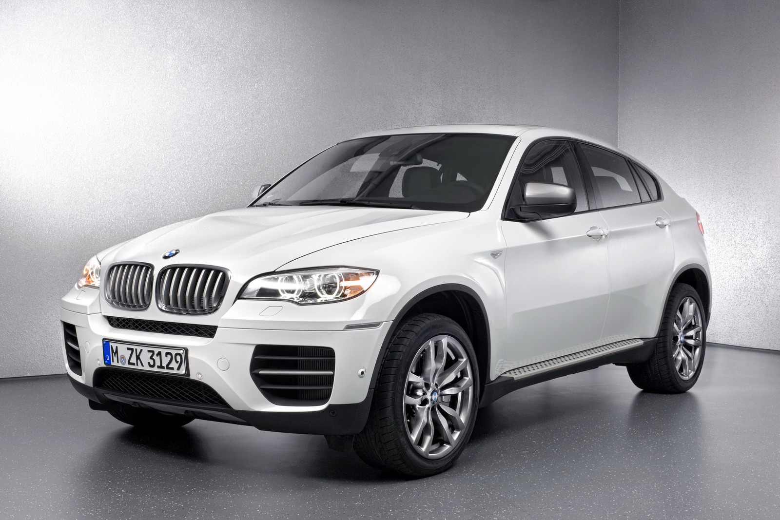 bmw x6 m50d super diesel sav unveiled autoevolution. Black Bedroom Furniture Sets. Home Design Ideas