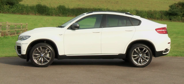 BMW X6 Reviewed by CarBuyer [Video]