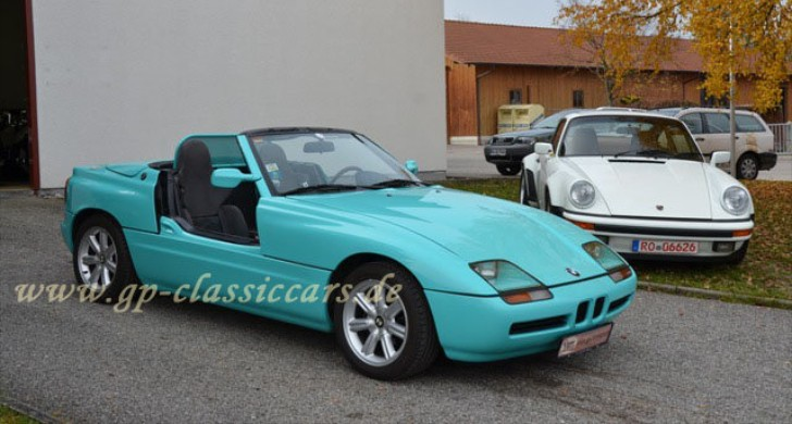 bmw z1 roadster up for sale on autoevolution. Black Bedroom Furniture Sets. Home Design Ideas