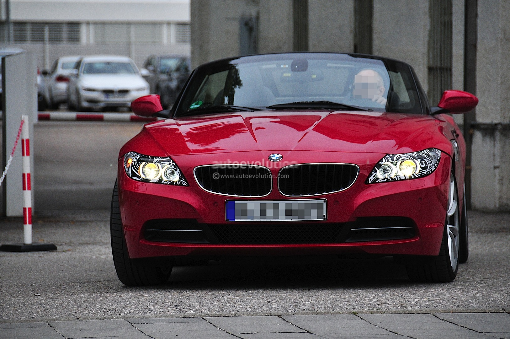 BMW Z4 M35i Performance Coming in 2013 - autoevolution