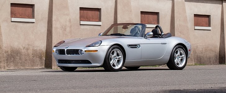 Bmw Z8 Sold For 192 500 At Detroit Auction Sets New