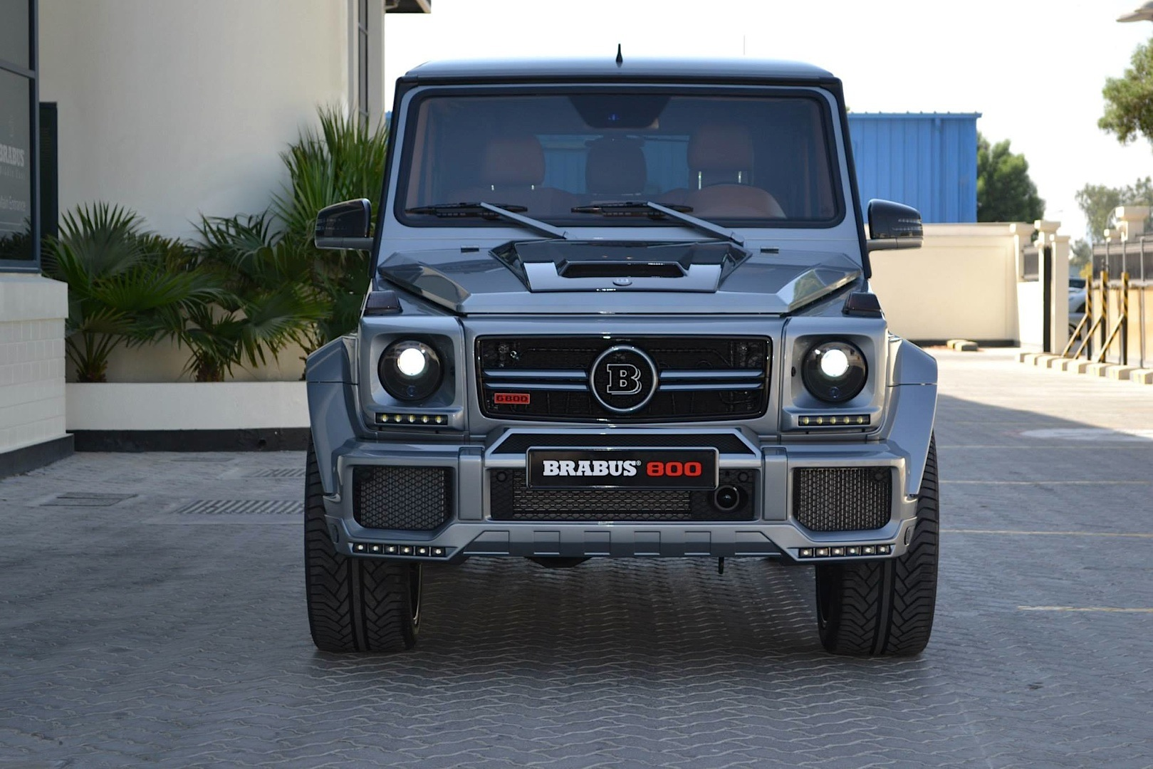brabus 800 g 65 amg for the taking in dubai autoevolution. Black Bedroom Furniture Sets. Home Design Ideas