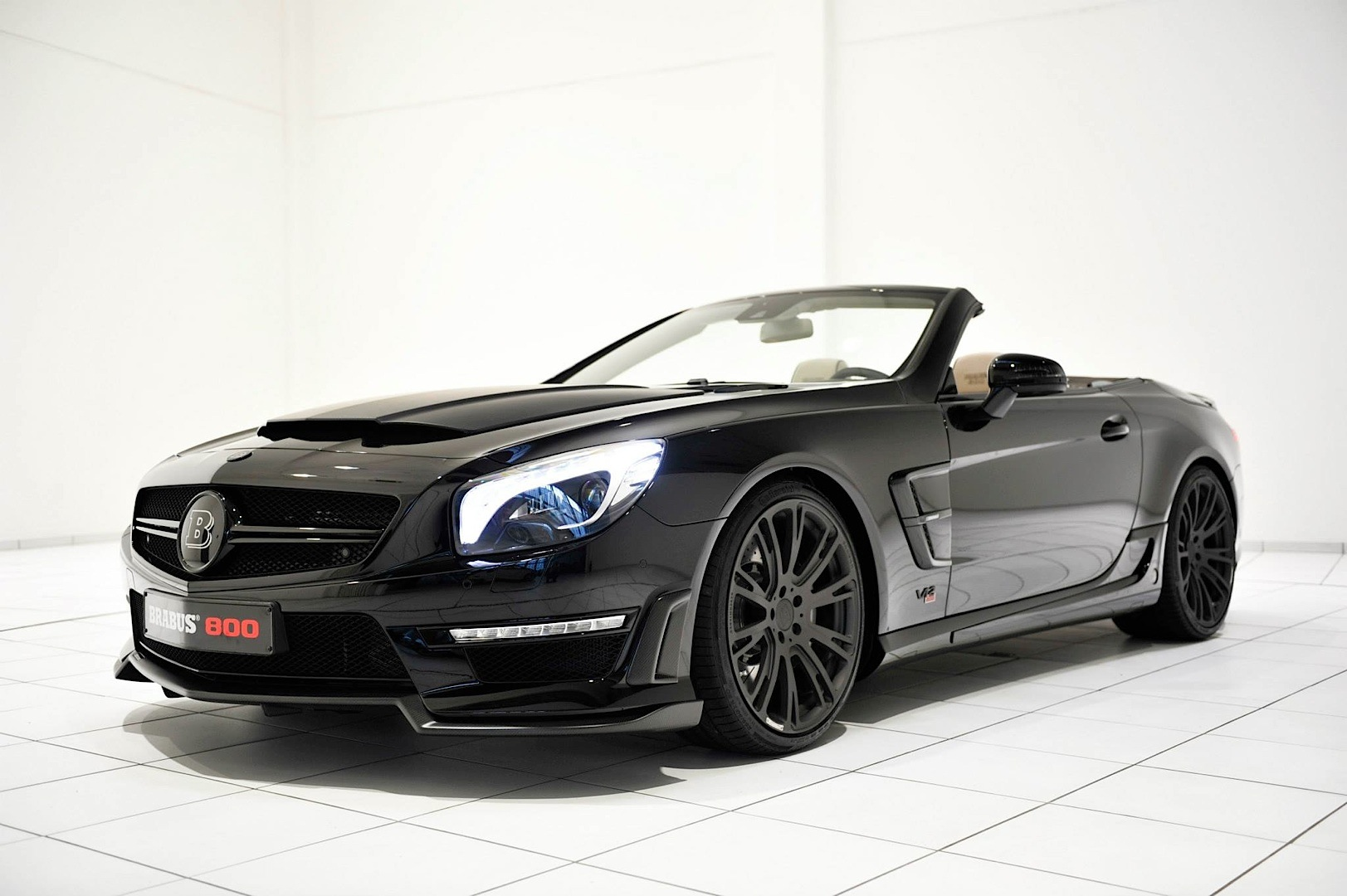 Brabus 800 package takes the sl 65 amg up a notch for Mercedes benz 800 number