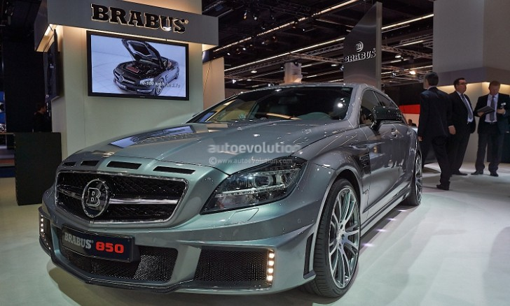 Brabus 850 Shooting Brake 6.0 Biturbo 4Matic [Live Photos]