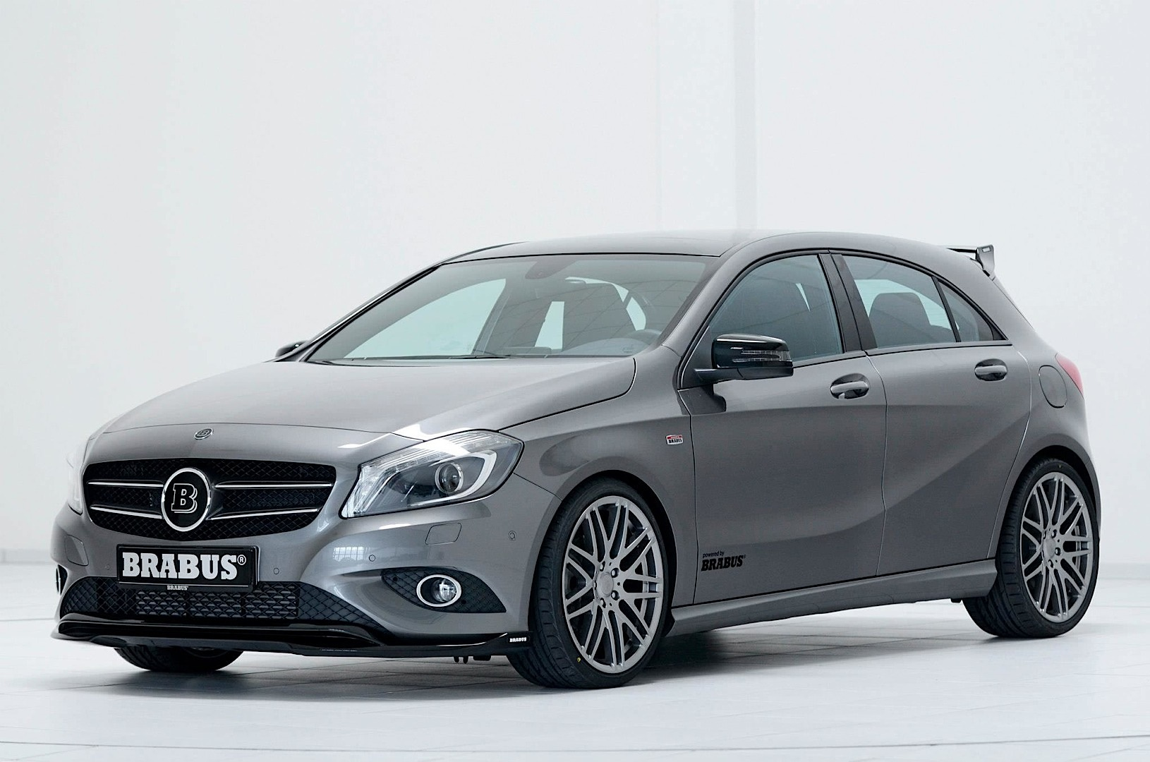 brabus mercedes benz a220 cdi diesel hot hatch autoevolution. Black Bedroom Furniture Sets. Home Design Ideas