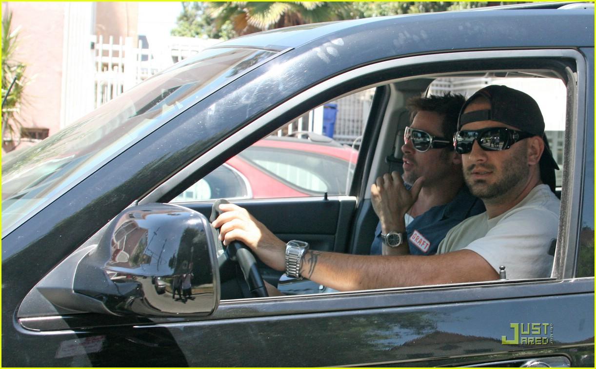 Brad Pitt Helped By Paparazzo In Motorcycle Breakdown