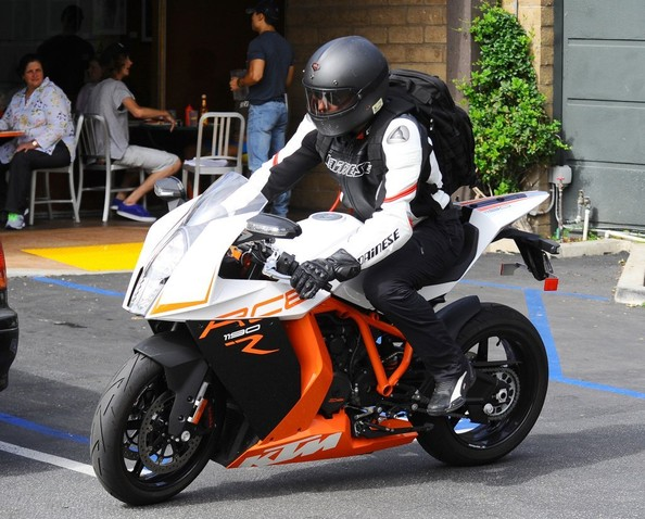 Bradley Copper Rides His 173 HP KTM Sports Bike After a Morning ...