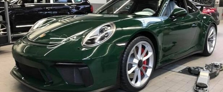 British Racing Green 2018 Porsche 911 Gt3 Is A Manual