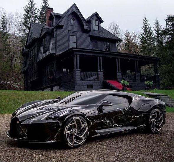 Bugatti La Voiture Noire Marble Wrap Looks Spot On
